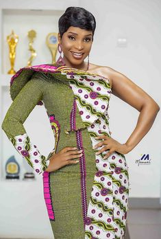 African fashion dresses, African print styles for Christmas latest ankara styles 2020 African Fashion Ankara, Latest African Fashion Dresses, African Print Fashion, Africa Fashion, Fashion Prints, Short African Dresses, African Print Dresses, Ankara Dress Designs, Beautiful African Women
