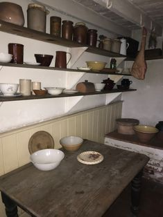 Victorian pantry at Black Country Museum Victorian Decor, Victorian Homes, Pantry Interior, Vintage Pantry, Country Interiors, Manor Houses, Interior Inspiration, Restoration, Miniatures