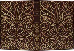 VOLTAIRE. La Princesse de Babylone. Paris, Scripta et Picta, 1948. In-4, maroquin aubergine, plats ornés d'un décor d'arabesques de listels de box vert d'eau et lilas bordés de filets dorés, dos lisse orné de même, tranches dorées, doublure et gardes de daim rouge bordées d'un listel de box lilas, couverture et dos, étui-boîte postérieur (Paul Bonet, 1952).