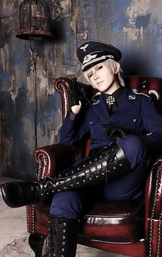 shinomiya ran(篠宮 蘭) Prussia Cosplay Photo - WorldCosplay