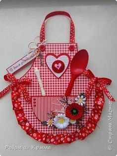 Outstanding 50 sewing hacks projects are readily available on our internet site. Take a look and you won Outstanding 50 sewing hacks projects are readily available on our internet site. Take a look and you wont be sorry you did. Sewing Hacks, Sewing Tutorials, Sewing Crafts, Sewing Patterns, Sewing Tips, Sewing Ideas, Cute Aprons, Apron Designs, Sewing Aprons