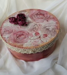 Vintage Handmade Jewelry Box with Lace, Pearls and Roses Handmade Jewelry Box, Handmade Gifts, Jewellry Box, Vintage Box, Handmade Design, Handmade Decorations, My Favorite Things, Hand Painted, Crafts