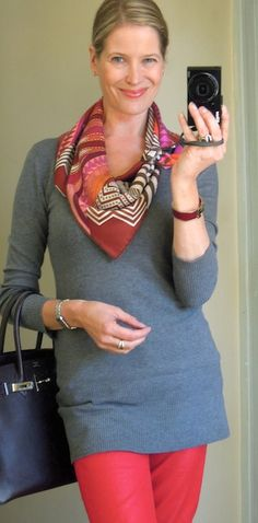 Hermès scarf in an asymmetrical shoulder wrap - from the elegant Mai Tai
