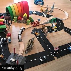 waytoplay, the flexible toy road – waytoplay.toys in 2019 Diy For Kids, Crafts For Kids, Grimms Rainbow, Montessori Playroom, Small World Play, Toy Rooms, Baby Play, Baby Room Decor, Diy Toys