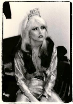 Debbie Harry... Style leader once... she lost all style with age