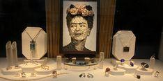 #MadeinKilkenny #RudolfHeltzel #art #windowdisplay #jewelry #fashion #Ireland #Kilkenny #IrelandsAncientsEast #jewellery