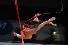 Melitina Staniouta (Belarus) won silver in ribbon finals at Grand Prix (Thiais) 2016