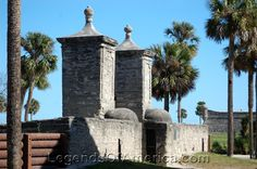 A Walk Through Our Nations Oldest City - St. Augustine