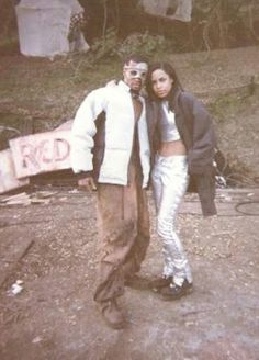 Aaliyah on the set of 4 Page Letter. One of favs!
