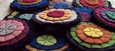 HandMade Primitive Wool felt Penny Rug Pennies Rustic Colonial