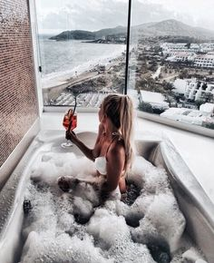 money goals life images, image search, & inspiration to browse every day. Jacuzzi, Entspannendes Bad, Foto Pose, Bath Time, Belle Photo, Luxury Lifestyle, Places To Go, Goals, In This Moment
