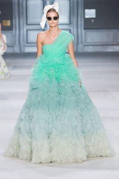 Giambattista Valli Haute Couture Fall/Winter 2014-2015|42