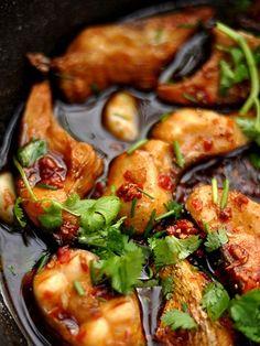 Món cá kho cay  - http://congthucmonngon.com/5924/mon-ca-kho-cay.html