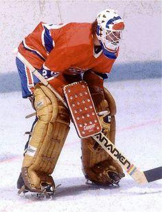 Ken Dryden Hockey Goalie Gear, Hockey Memes, Ice Hockey Teams, Hockey Players, Hockey Stuff, Montreal Canadiens, Mtl Canadiens, Nhl, Ken Dryden