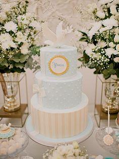 batizado clássico por Lima Limão Festas Baby Birthday Cakes, Baby Boy Cakes, Baby Shower Cakes, First Communion Decorations, Baptism Decorations, Boy Christening, Boy Baptism, Baptism Party, Baby Party