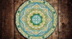 Arte em Mandala feitas por encomenda. Mandalas Design por Juliana Figueira Contato: julianafigueirasouza@gmail.com https://www.facebook.com/sattwamandalasdesign/
