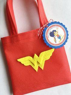 Set of 12 Wonder Woman Favor Bags with Personalized Thank You Tags, Wonder Woman, Wonder Woman Party, Wonder Woman Birthday, Superhero Girls Wonder Woman Birthday, Wonder Woman Party, Wonder Woman Logo, Girls Party, Ladies Party, Superhero Birthday Party, Girl Birthday, Anniversaire Wonder Woman, Diy Party Bags