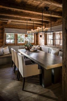 Awesome Modern Dining Room Inspiration and Ideas. Chalet Design, House Design, Chalet Style, Modern Cabin Decor, Rustic Modern, Rustic Wood, Chalet Interior, Interior Design, Room Interior