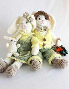 Picture of Ernie and Esther Rabbits Crochet Pattern