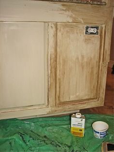 Waxing over paint - Wax is a beautiful and durable finish for both painted and unpainted furniture.  Read more: http://home.tipsdiscover.com/waxing-paint/#ixzz2jnyzIoaO
