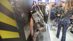 ghostbusters-proton-pack-picture-comic-con-11.jpg (5760×3240)