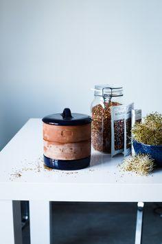 vegeluv-kielkowanie blog wegański Coffee Maker, Kitchen Appliances, Clay, Ceramics, Gaia, Bowls, Coffee Maker Machine, Diy Kitchen Appliances, Clays