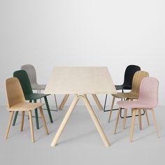 Split table, designed by Staffan Holm for Muuto, is characterized by solid oak legs that seem to split along the middle. The handcrafted legs give the Split table a distinctive appearance and stable structure. Table Furniture, Home Furniture, Furniture Design, Table And Chairs, Dining Chairs, Dining Room, Mad About The House, Muuto, Muted Colors