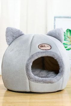 Animals And Pets, Baby Animals, Cute Animals, Winter Cat, Cat Room, Cat Accessories, Cat Sleeping, Cat Supplies, Dog Bed
