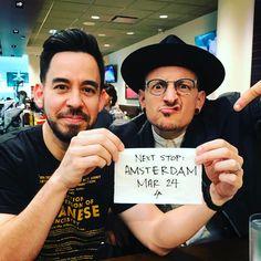 """Gefällt 1,852 Mal, 52 Kommentare - LINKIN PARK (@linkinpark) auf Instagram: """"Bye Toronto! Next stop: Amsterdam! March 24 #HeavyLP #battlesymphony #lp2017"""""""