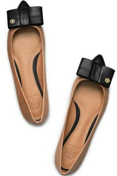 Tory Burch Flats! #ToryBurch #modernmagnolias