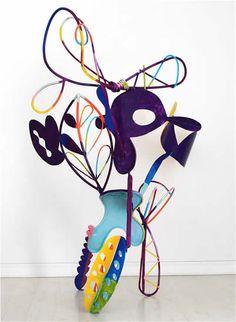Modern Sculpture, Sculpture Clay, 3d Art Projects, Garden Projects, Frank Stella Art, Colorful Abstract Art, Cardboard Art, Art Club, Art Plastique