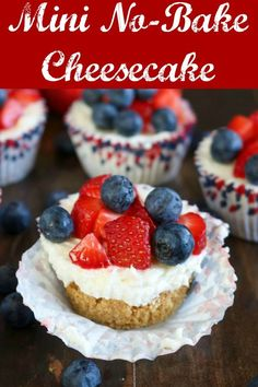 Mini No Bake Cheesecake is a perfect single-portion dessert. The crumb crust and filling come together in minutes, and kids will love to help make this easy recipe. Top the cheesecakes with your favorite fruit or other toppings for a dessert that's great for a crowd #cheesecake #nobakecheesecake #minicheesecake #mininobakecheesecake #nobakedessert Best Dessert Recipes, No Bake Desserts, Cupcake Recipes, Easy Desserts, Delicious Desserts, Diet Desserts, Party Recipes, Summer Recipes, Mini No Bake Cheesecake