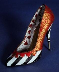 Queen of Hearts heels - Alice in Wonderland.