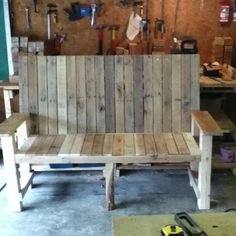 Recycled pallet bench  Anderson Pallet Design