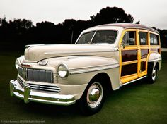 1948 Mercury Woodie Wagon, love the dark wood beautiful Retro Cars, Vintage Cars, Ford Motor Company, Old American Cars, Woody Wagon, Mercury Cars, Pick Up, Ford Lincoln Mercury, Unique Cars