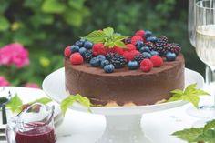 Nepečený čokoládový dort s lesním ovocem