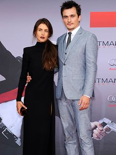 Star Tracks: Thursday, August 20, 2015   HIT 'EM UP   Hitman: Agent 47 stars Hannah Ware and Rupert Friend strike a stoic pose at the film's Berlin, Germany, premiere on Wednesday.