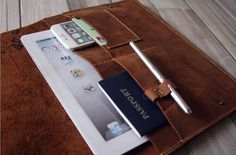 Rommy iPad Case Sleeves Leather Portfolio Leather by VaLeather