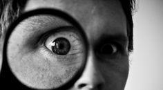A campanha Adote um Vereador tem como objetivo fazer com que o cidadão acompanhe um vereador em suas atividades parlamentares. A ideia é criar uma rede de blogs para monitorar a movimentação dos representantes políticos.