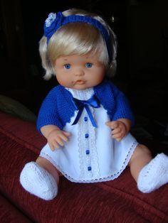 Blog de trabajos de María José Veira. Patchwork, calceta, ropita, muñecos, capotas, manteles, cortinas, bordados, ganchillo. Labores artesanales. Baby Doll Clothes, Doll Clothes Patterns, Clothing Patterns, Baby Dolls, Doll Making Tutorials, Sasha Doll, Baby Born, Knitted Dolls, Old Toys