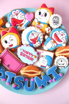 Doraemon icing cookies by Y&Csweets Number Cookie Cutters, Animal Cookie Cutters, Custom Cookie Cutters, Galletas Cookies, Cute Cookies, Sugar Cookies, Cookie Icing, Royal Icing Cookies, Doraemon Cake