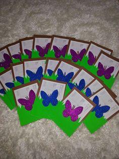 Gelişim dosyaları Graduation Crafts, Diy And Crafts, Crafts For Kids, Notebook Cover Design, Preschool Art Activities, Birthday Charts, Envelopes, Puppet Crafts, Butterfly Party
