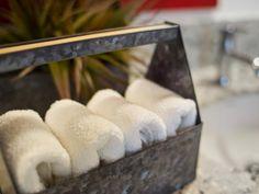 28 ideas for creative bath towel storage toilet paper Bathroom Pictures, Kitchen Pictures, Living Room Pictures, Bathroom Ideas, Bathroom Towel Storage, Bathroom Towels, Bath Storage, Bath Towels, Easy Garage Storage