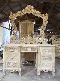by Indonesian craftsmen Roni Rony French Furniture, Luxury Furniture, Vintage Furniture, Cool Furniture, Painted Furniture, Furniture Design, Peacock Room Decor, Two Story House Design, Dressing Table Design
