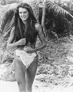 Brooke Shields Joven, Brooke Shields Young, Blue Lagoon Movie, Brooke Shields Blue Lagoon, Beautiful Celebrities, Beautiful Women, Actrices Hollywood, Vogue Covers, Tennis Clothes