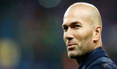 """زيدان واثق من الفوز على """"مانشستر يونايتد"""" في لقاء السوبر الأوروبي: أكد زين الدين زيدان المدير الفني لفريق ريال مدريد الإسباني، على ثقته في…"""