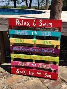 Swimming Pools Accessories - Noodle holder for swimming pool, made from old pallet. Outdoor Cooler, Pool Cooler, Pool Toy Storage, Pallet Pool, Swimming Pool Accessories, Pool Hacks, Pool Signs, My Pool, In Ground Pools