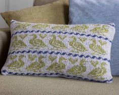 Goosey Cushion pattern by Martin Storey Knitted Cushions, Fair Isle Knitting, Crochet, Home Goods, Diy And Crafts, Throw Pillows, Modern, Projects, Gifts