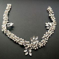 incili-gelin-taci-12 Bridesmaid Hair Accessories, Headpiece, Pearl Necklace, Jewelry Accessories, Creations, Crown, Instagram Posts, Bridal Bouquets, Cinderella