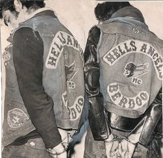 Quando Bandidos e Hells Angels si fecero la guerra in Alto Adige Hells Angels, Biker Clubs, Motorcycle Clubs, Bike Gang, Motorcycle Photography, Vintage Biker, Grunge, Biker Patches, Harley Davidson Motorcycles